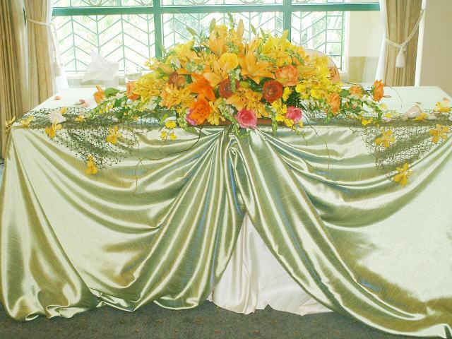 telas y flores para fiestas de cumpleaños, ambientacion de salones